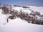 Une grange du Val d'Azun sous la neige (mars 2007).