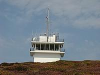 Le sémaphore du Cap de la Chèvre est activé du lever au coucher du soleil. Il assure la surveillance maritime et aérienne de la baie de Douarnenez, des postes de mouillages de Douarnenez et Morgat.