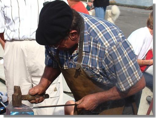 Les vieux métiers dans le cadre du festival des Filets Bleus de Concarneau. Le samedi 15 août 2009. - © http://borddemer.over-blog.fr