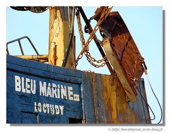 Le bateau de pêche Bleu Marine III de Loctudy, le dimanche 15 mars 2009. - © http://borddemer.over-blog.fr