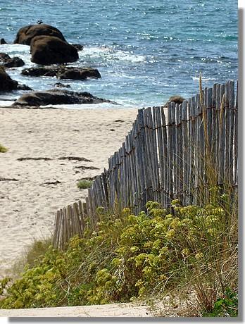 Entrée d'une des nombreuses plages de Trégunc. Photo prise le 29 août 2009. - © http://borddemer.over-blog.fr
