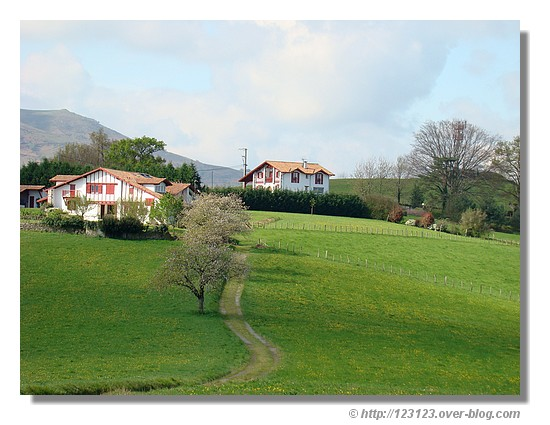 Paysage du Pays Basque (Mars 2008) - © http://123123.over-blog.com