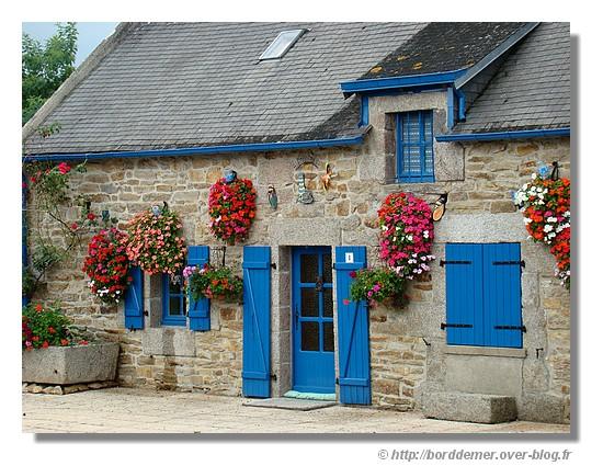 Une maison bretonne du bord de mer - © http://borddemer.over-blog.fr