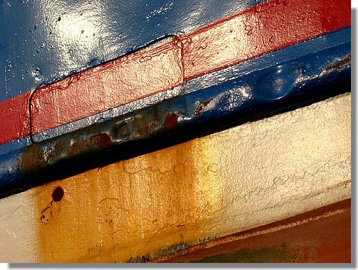 La coque du chalutier bigouden David-Pierre (GV 642413). Il s'agit d'un chalutier construit en 1986. Photo prise le 1er juin 2009. - © http://borddemer.over-blog.fr