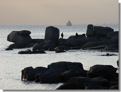 Fin d'après midi sur le bord de mer à Trégunc (Pointe de la Jument). Photo prise le 17 octobre 2009. - © http://borddemer.over-blog.fr