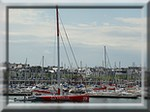 Véolia Environnement de Roland Jourdain dans le port de plaisance de Concarneau