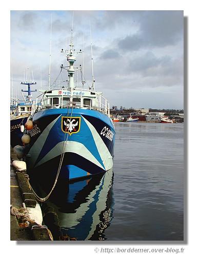 Le Desperado dans le port de Concarneau. Il s'agit d'un chalutier construit en 1987. Photo prise en janvier 2009. - © http://borddemer.over-blog.fr