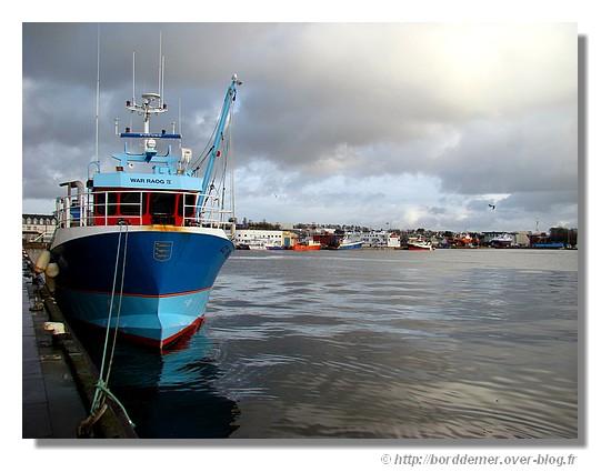 Port de pêche de Concarneau, un dimanche de janvier (25 janvier 2009) - © http://borddemer.over-blog.fr