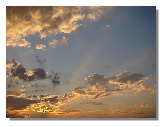 Ciel du bord de mer, un soir du mois de juillet 2009. - © http://borddemer.over-blog.fr