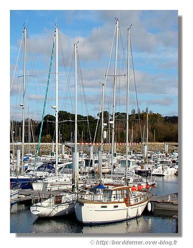 Le port de plaisance de Port la Forêt (La Forêt Fouesnant, février 2009). - © http://borddemer.over-blog.fr
