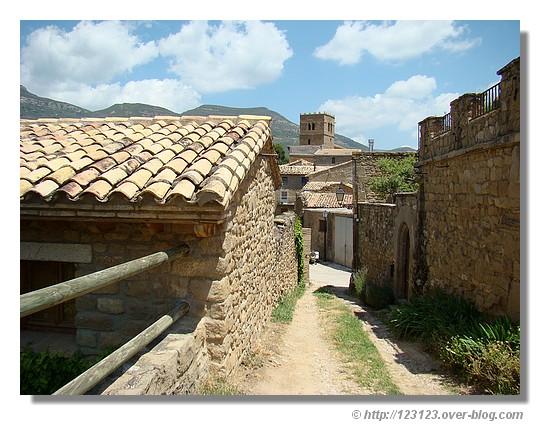 Sabayés à l'heure de midi (Aragon en juin 2008) - © http://123123.over-blog.com