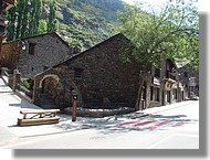 L'église romane Sant Bartomeu de Soldeu.
