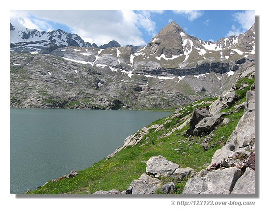 Lac d'Estaens (Aragon, juin 2008) - © http://123123.over-blog.com