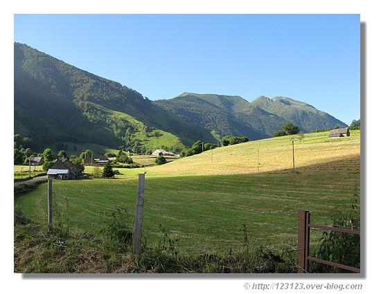 Le plateau de L'hers dans la vallée d'Aspe (été 2008) - © http://123123.over-blog.com