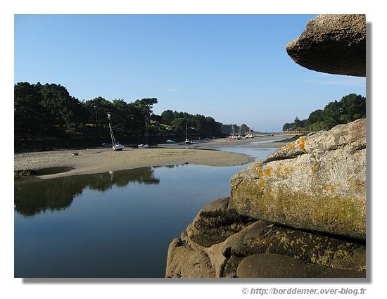 Le Minaouët à marée basse (Concarneau - 30 août 2008). Le Minaouët est un bras de mer situé à la limite de Concarneau et Trégunc. - © http://borddemer.over-blog.fr
