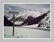 Le lac d'Estaing. Mars 2007 - Hautes Pyrénées.