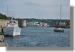 Le port avec au premier plan l'ambarcadaire des vedettes de l'Odets pour les Glénans. On peut reconnaitre l'Aigrette III. Photo prise le 15 août 2010.