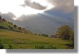 Impression de fin du monde, en cette fin d'après midi de juin, avec ce mélange de couleurs. Le 22 juin 2010.