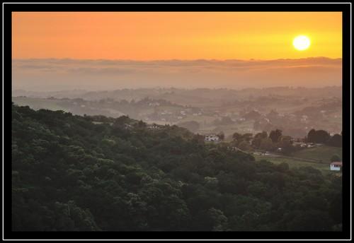 Coucher de soleil sur le Pays Basque (juin 2012).
