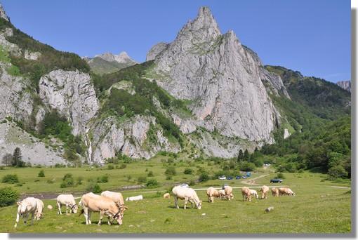 Le plateau de Sanchèse à Lescun, dans la très belle vallée d'Aspe. Photo prise le 26 juin 2010.