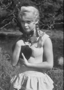 Brigitte Bardot en 1956 avec chat noir