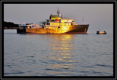 Départ du Yersin pour Malte