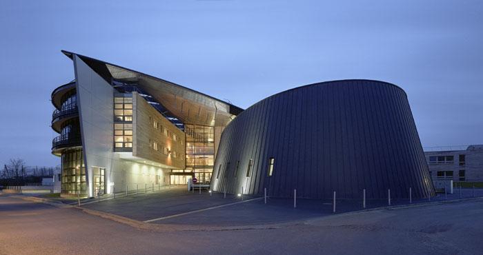 Salle de spectacle polyvalente EREA Toulouse Lautrec de Vaucresson